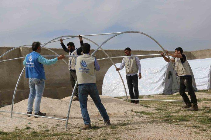 برنامج المأوى والمواد غير العذائة من البرامج التفيذية لجمعية الأيادي البيضاء للنازحين و اللاجئين