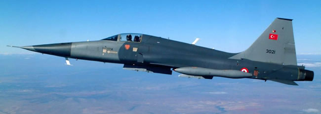 F-5 Freedom Fighter A/B 2000