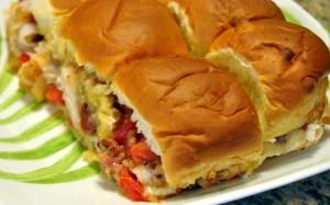 Hunk of Meat Monday: Mini Chicken Sandwich on Hawaiian Sweet Rolls
