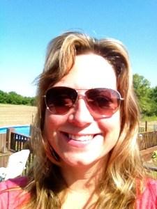 Tory Burch Avaitor sunglasses