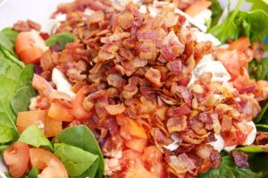 Bacon on Spinach Salad