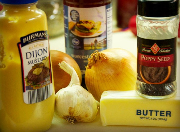 Buttery Three Cheese Sauce ingredients