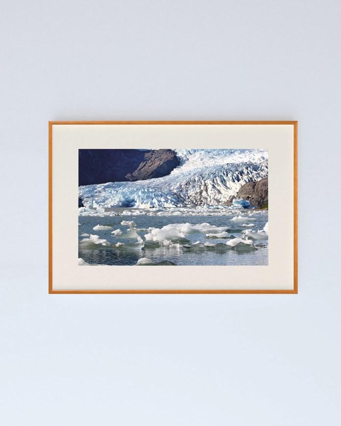 Mendenhall Glacier in Alaska, USA