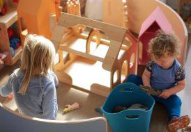 Wobbelboard & Derevko Toys farmhouse