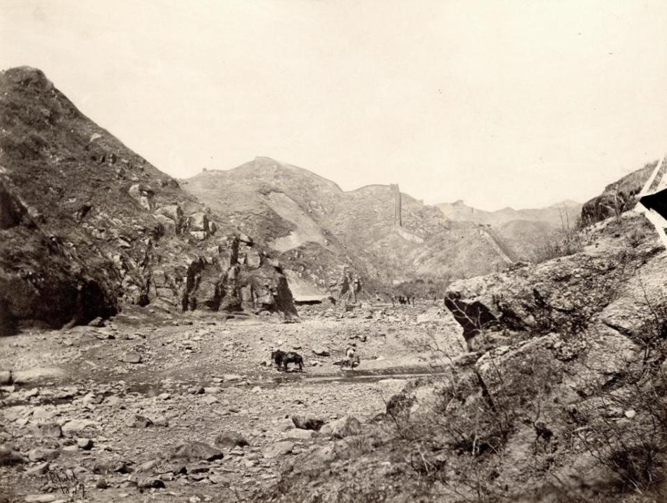 Thomas Child, No. 144 ,View of Nankou Pass,