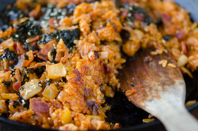 Korean kimchi fried rice nuroongji