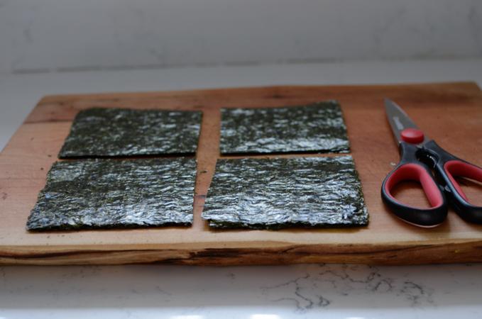 Mini Seaweed Rice Rolls (Mayak Gimbap)