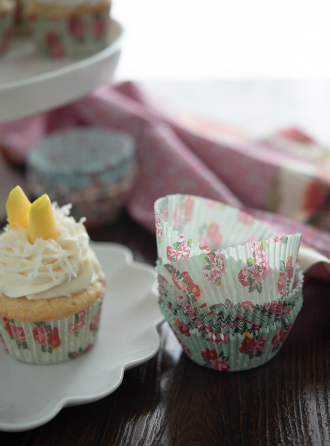 floral cupcake liners look beautiful on cupcakes