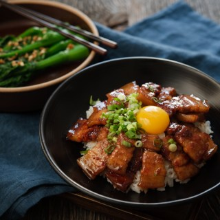 Butadon (japanese pork belly recipe) is made with homemade teriyaki sauce and served in a rice bowl