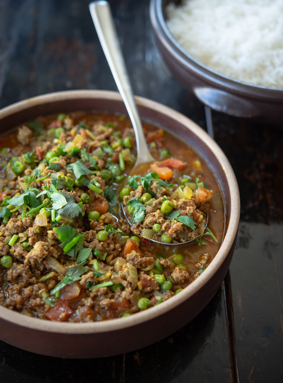 Beef Keema curry is an easy Indian curry made with ground beef and peas