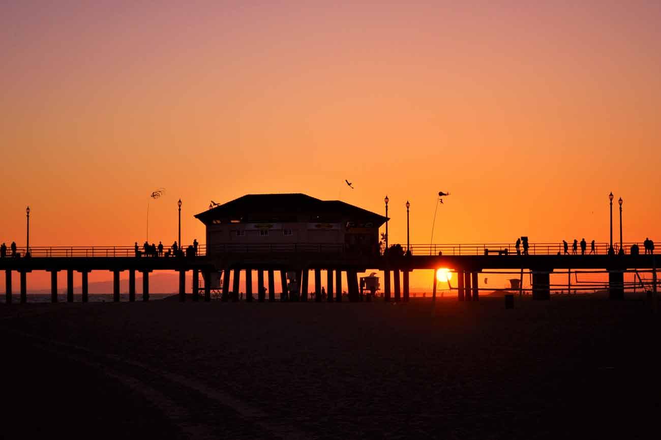 sunset at Orange County Huntington Beach pier