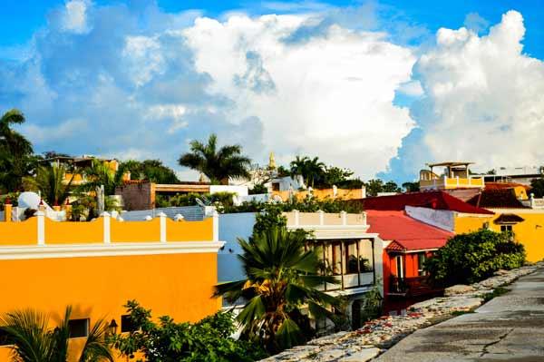 vibrant-city-cartagena-colombia