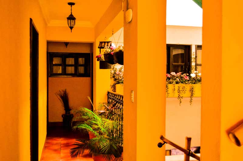 casa-colonial-panasurf-panajachel-guatemala
