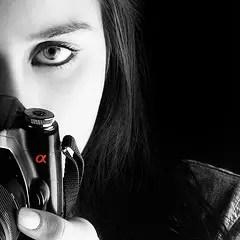 Self Photo with Sony Alpha-100 - Mitra Mirshahidi
