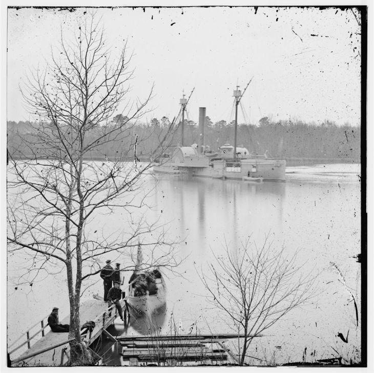 01917v: James River, Virginia. U.S. gunboat MASSASOIT