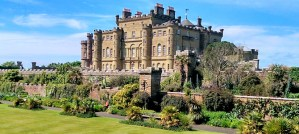 Culzean Castle, Scotland - Photo by Muhammad Younas