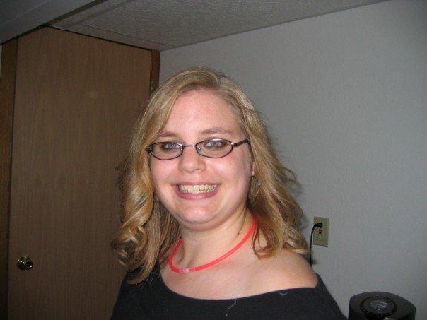 Jessica Kuehn as Sandy