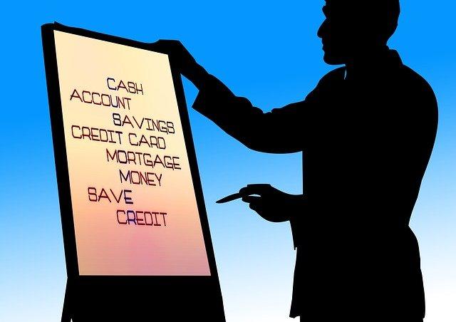 Dispo mit Kreditkarte begleichen – Wie es funktioniert und ob es sich lohnt