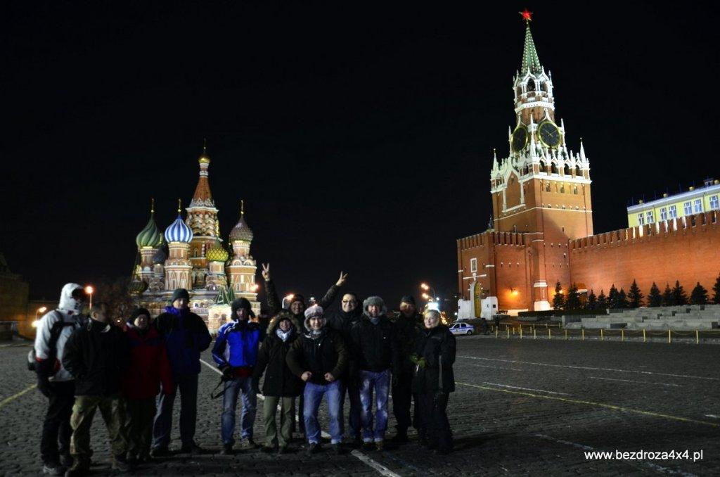 Ekipa wyprawy do Workuty na Placu Czerwonym w Moskwie