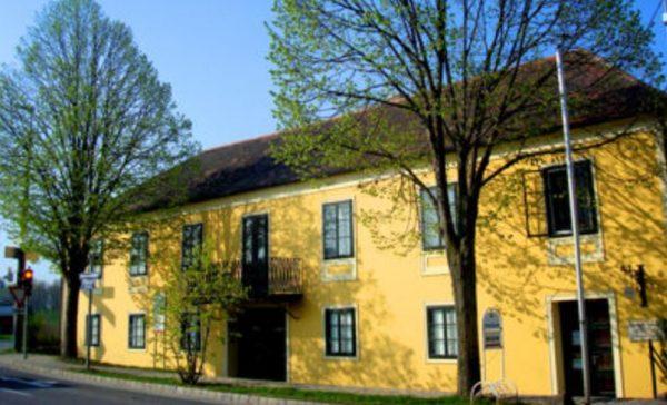 Napoleonmuseum-Deutsch-Wagram