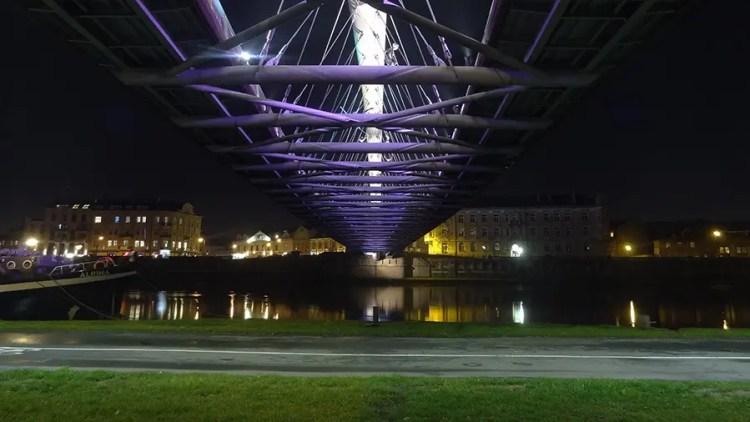 Loopbrug Kazimierz Podgórze Krakaow - Bezoek KRakau