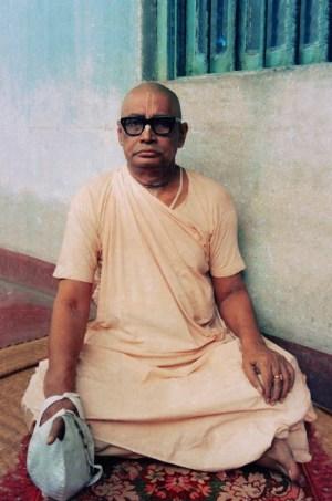 Sri Srimad Bhaktivedanta Vamana Gosvami Maharaja