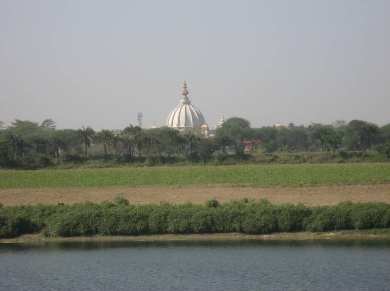 Vista do bhajana kutira de Srila Bhaktivinoda Thakura