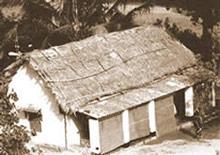Cabana pessoalmente contruída por Srila Goura Govinda para Srila Prabhupada na entradada do Sri Krsna Balarama Mandir, Bhubaneswar, India.