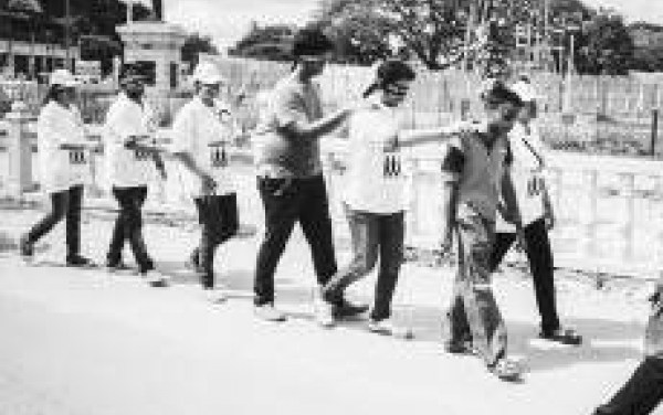 Bangalore : On October 13, a Group of Blind Persons will Build a Channel of Trust with the sighted…