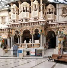 Babu Amichand Panalal Adishwarji Jain Mandir, Mumbai1