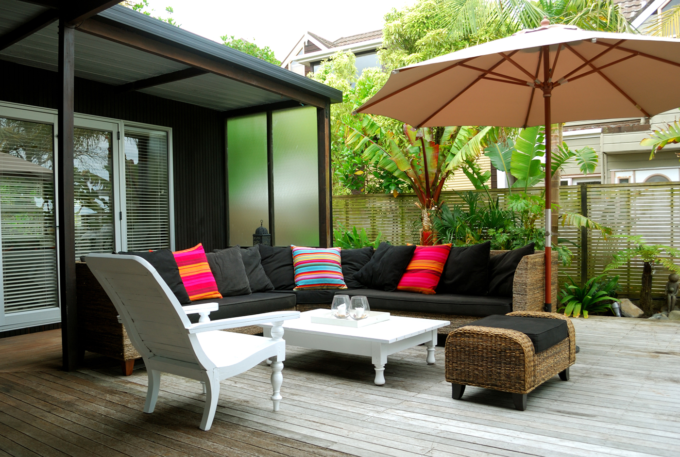 pro q a townhouse backyard makeover