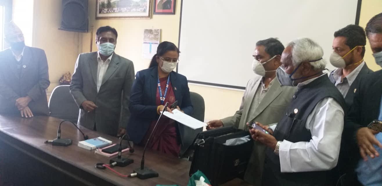 समाजवादी र राजपाबीच एकताको सहमति पत्र निर्वाचन आयोगमा दर्ता