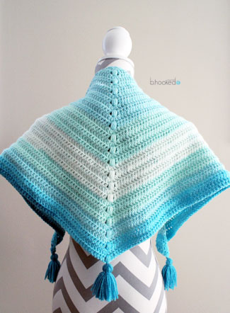 Caron Cakes Cowl - B Hooked Crochet | Knitting