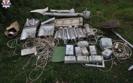 Policjanci ujawnili w gminie Piszczac uprawę konopi indyjskich