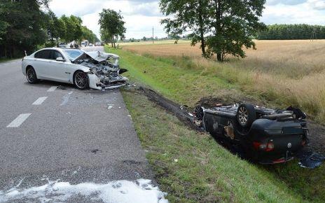 Zjechał BMW wprost pod ciężarowego DAFa