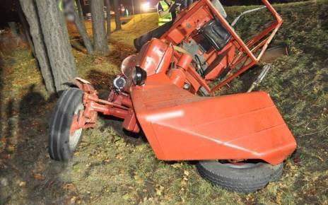 Zderzenie osobówki z traktorem w Holi