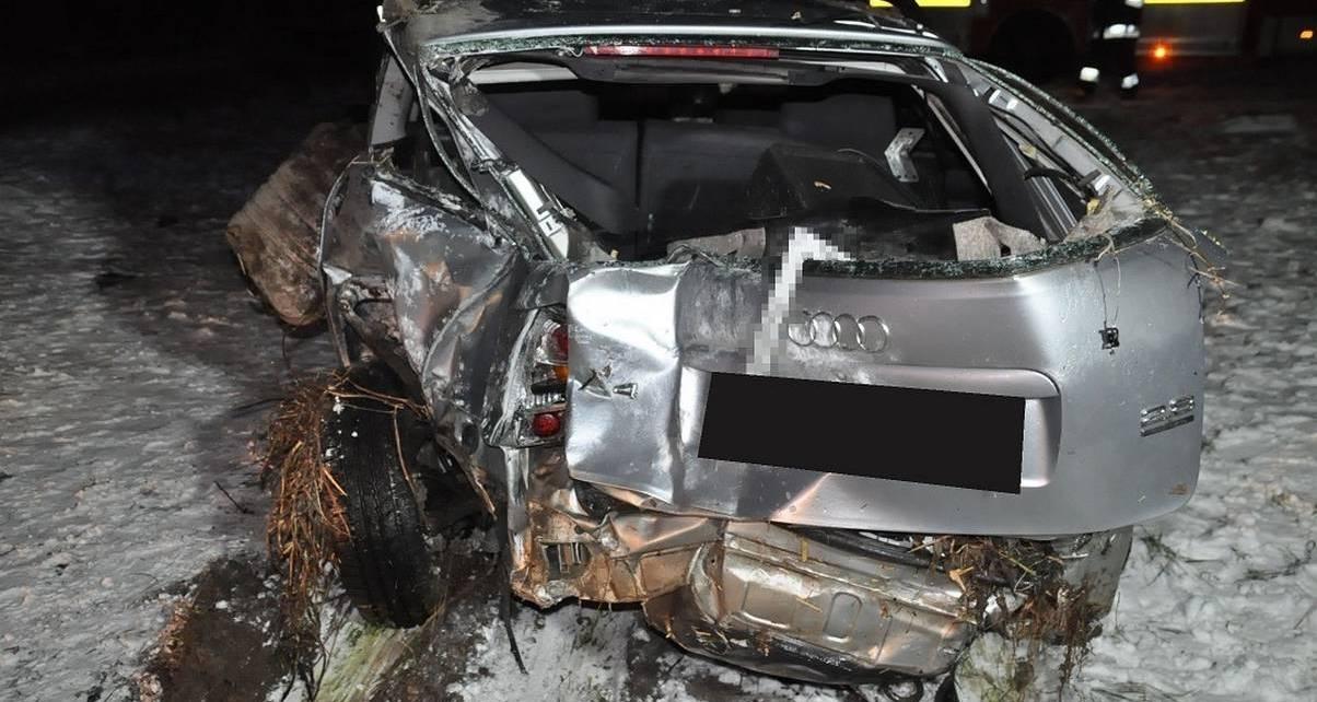 Nietrzeźwy kierowca Audi stracił panowanie nad pojazdem
