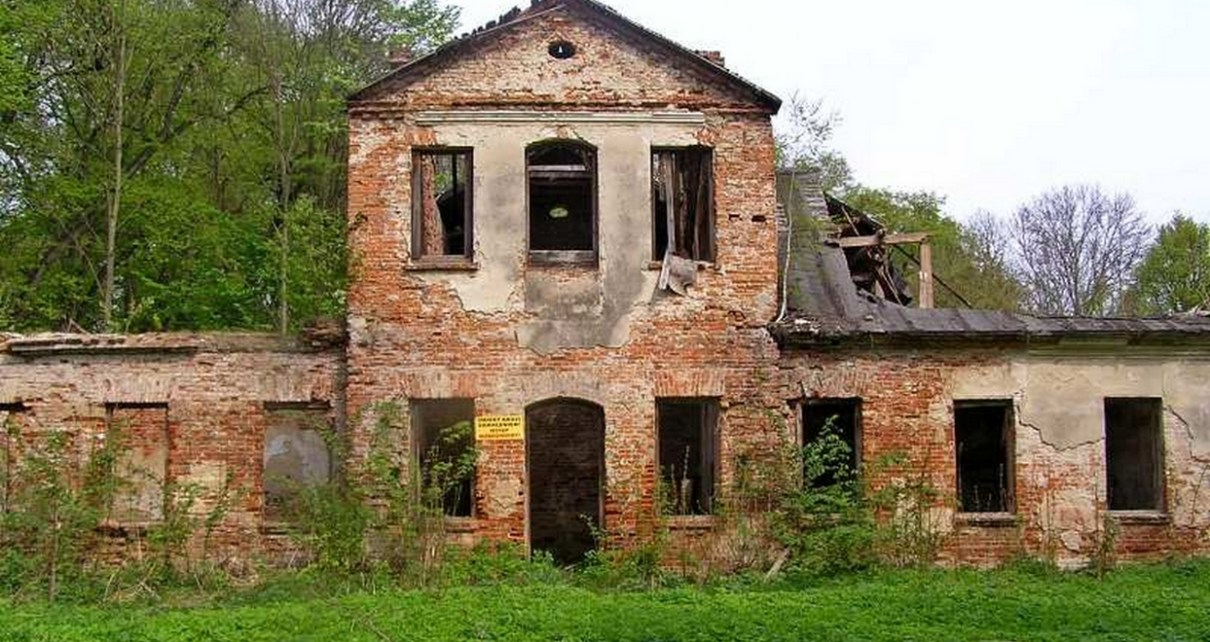 Dworek w Toporowie