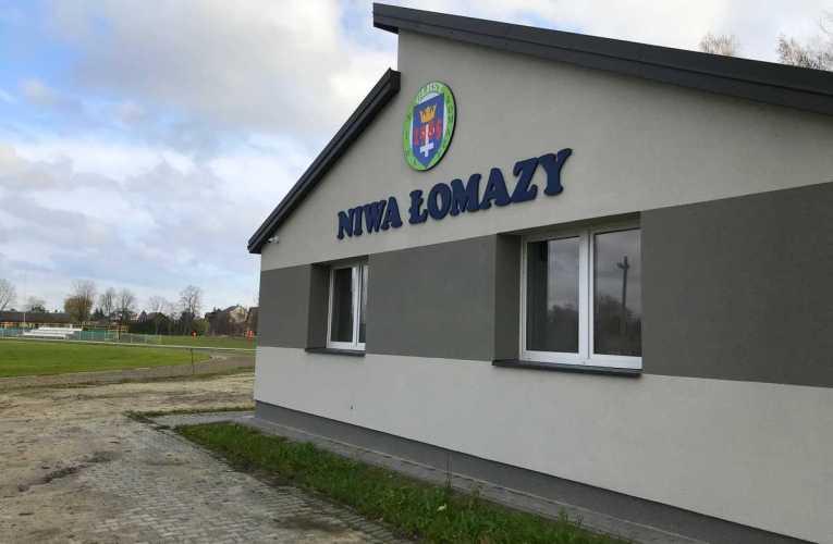 Zakończyła się przebudowa stadionu w Łomazach