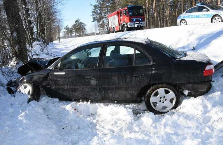 Nie dostosował prędkości do warunków panujących na drodze