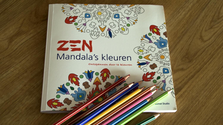 Zen mandala met potloden 2
