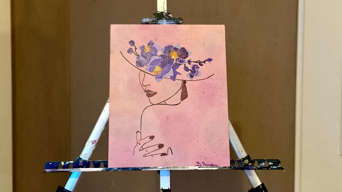 Lady with the lilac flowers