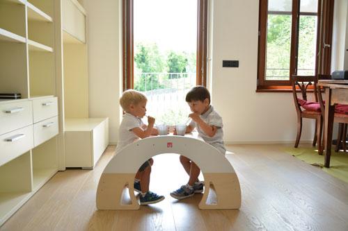 Bianconiglio Kids Rocker Table - tavolino