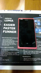 Lumia 800 Data Sheet & Device