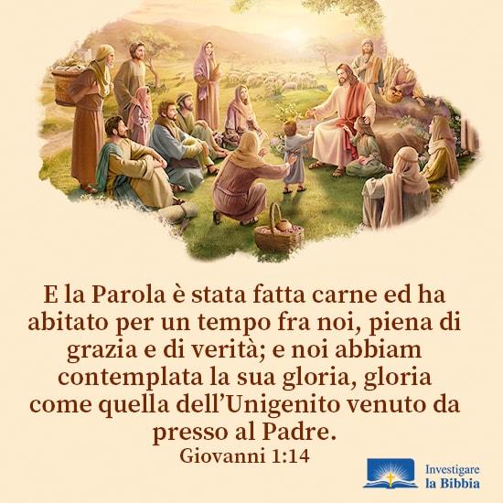 Gesù ha predicato alla gente vicino al fiume sotto l'albero