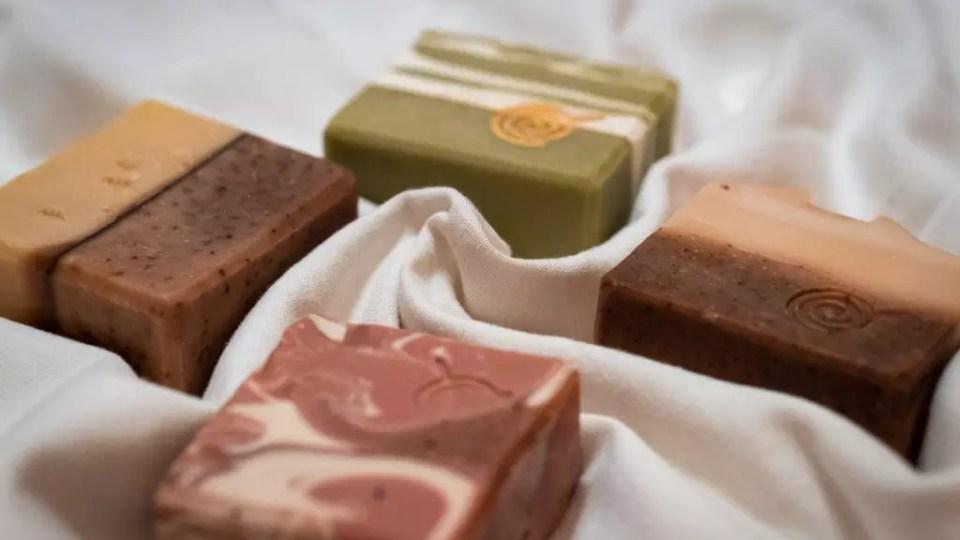 CANDY SOAP – TUHÉ MYDLÁ NA TELO
