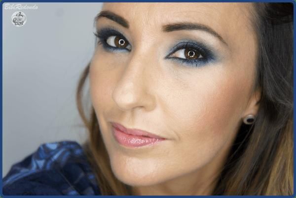 Maquillaje de ojos en tonos azules - sombras de Mac Moon's Reflection/Twins/Electric Eel