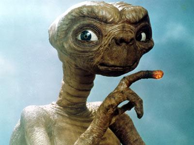 """""""ET"""" de S. Pielberg"""