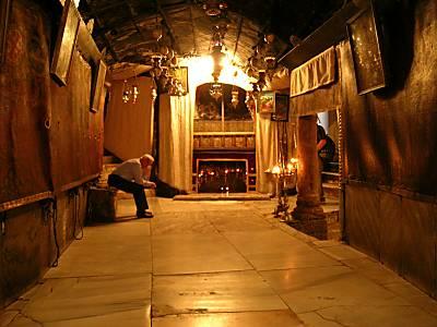 La tradición sitúa el nacimiento de Jesús en esta cueva de Belén