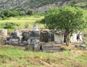 Grave of Saint Luke in Ephesus